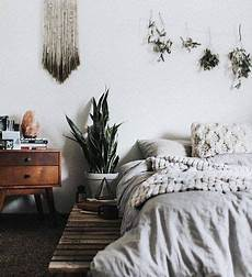 Earthy Bedroom Ideas by Chic Headboard Alternatives You Can Diy Livingston