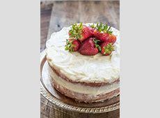 dreamy strawberry layer cake_image
