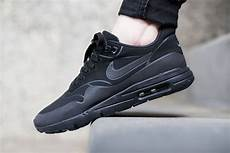 nike wmns air max 1 ultra moire black black anthracite