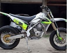 Modifikasi Klx 150 Bf Se by Modifikasi Klx 150 Supermoto Motor Kawasaki Buat Adventure