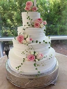 gallery of wedding cakes by the baking grounds bakery caf 233