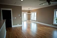Farbe Taupe Bilder - sherwin williams color tony taupe design ideas pictures
