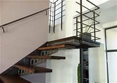 prix moyen escalier sur mesure prix de pose d un escalier sur mesure en bois b 233 ton ou m 233 tal