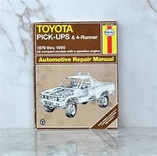 best car repair manuals 1995 toyota camry engine control vintage haynes 92075 656 automotive repair manual 1979 thru 1995 toyota pickups and 4 runner
