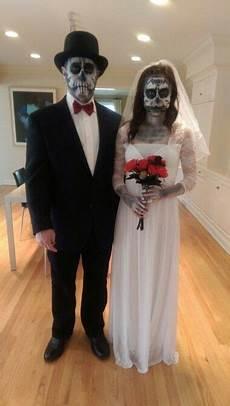 diy halloween costume skeleton bride and groom