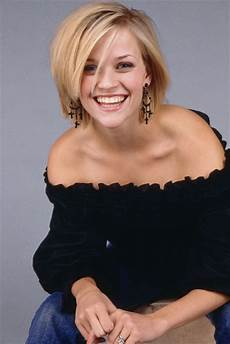 reese witherspoon hairstyle trends reese witherspoon photoshoot pictures