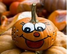 kürbis bemalen vorlagen decorating pumpkins without carving them thriftyfun