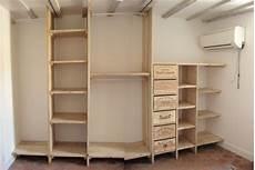 meuble palette pas cher chambre armoire dressing pas cher comment faire des