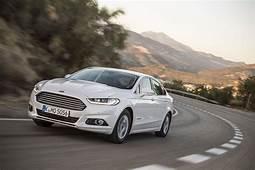 Ford Mondeo Titanium 20 TiVCT Hybrid 2017 Review  CAR