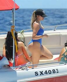 bae watch khloe kardashian flaunts bikini bod in st