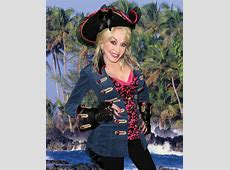 Ahoy Pigeon Forge! Dolly Announces Second Pirates Voyage