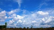 File Mendung Di Langit Biru 56 Jpg Wikimedia Commons