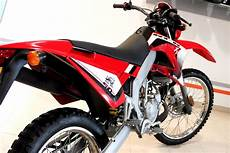 gilera smt 50 gilera smt 50 pics specs and list of seriess by year onlymotorbikes