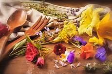 les fleurs comestibles un bouquet de saveurs et de