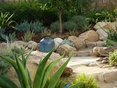 Findlinge Im Garten F 252 R Eine Sch 246 Nere Landschaft