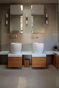 beton ciré salle de bain b 233 ton cir 233 pour sol de salle de bain etanche et antid 233 rapant