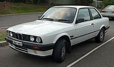 1988 1991 Bmw 318i E30 2 Door Sedan 01 Jpg