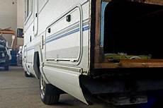 Travaux De Carrosserie Et R 233 Paration Sur Cing Cars 224