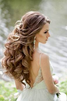 To The Side Wedding Hairstyles