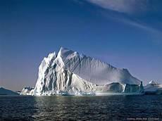 Gambar Air Es Dalam Gelas Gambar C