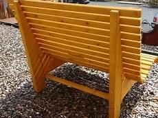 liegestuhl aus paletten liegestuhl relaxliege sonnenliege aus holz f 252 r garten
