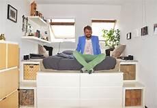Bett Aus Ikea Möbeln Bauen - zu besuch bei tino gt gt quot im schlafzimmer steht mein podest