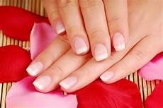 smalto semipermanente a casa smalto semipermanente opinioni guida alla manicure