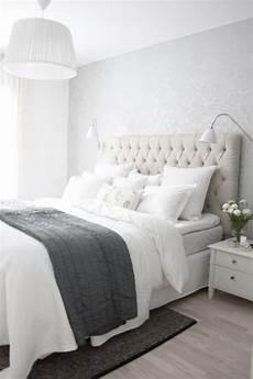 Bedroom Ideas Beige Headboard by 17 Best Ideas About Gray Headboard On Gray Bed