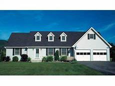 cape cod house plans with attached garage cape cod house plan 047h 0003 22x22 attached garage with