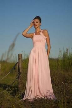 tenue chetre pour mariage simple robe mousseline pastel empire 224 col halter pour