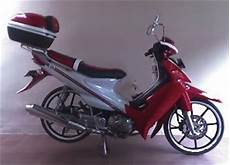Modifikasi Smash 2005 by Modifikasi Suzuki Smash 2005 Modif Motor