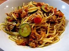 Spaghetti In Zucchini Thunfisch Sauce Rocky73