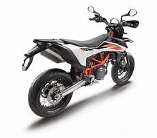 2019 Ktm 690 Smc R Guide Total Motorcycle