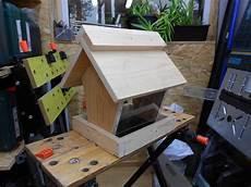 vogelfutterhaus bauanleitung zum selber bauen heimwerker
