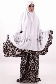 20 foto desain mukena modern terbaru untuk dikenakan saat beribadah di bulan ramadhan