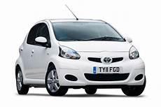 Toyota Aygo Automatik - toyota aygo city car review carbuyer