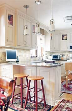 Traditional Kitchen Peninsula by Traditional Kitchen With Peninsula