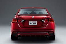 2020 nissan tiida mexico uae ニューヨーク国際自動車ショー2018 新型 日産 アルティマ 日本名ティアナ が世界デビュー 2019