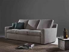 divano con cuscini santambrogio salotti produzione e vendita di divani e
