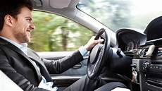 en voiture etude 6 fran 231 ais sur 10 se rendent au travail en voiture