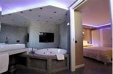 motel vasca idromassaggio doppia suite ibis styles palermo cristal