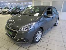 Peugeot 208 Grau Shark Metallic