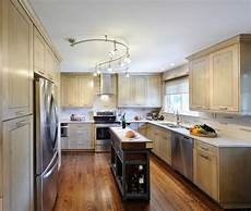 solid wood kitchen furniture 2017 new style classical solid wood kitchen cabinets