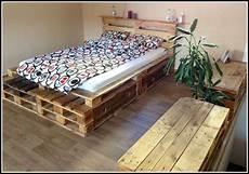 bett selber bauen paletten bett aus paletten selber bauen anleitung betten house und dekor galerie ko1zzbz16e