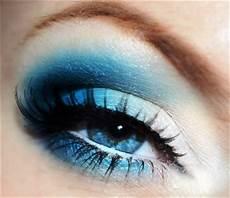Augen Make Up Blaue Augen - eye makeup idea for bright blue amazingmakeups