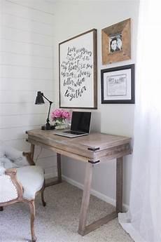 Wooden Bedroom Desk by Best 25 Rustic Desk Ideas On Rustic Computer