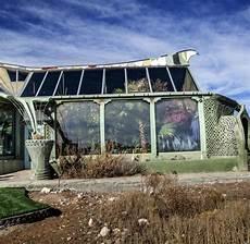Autarkes Haus Selber Bauen - michael der herr der earthships welt