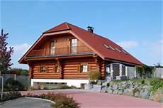 fertig holzhaus kaufen blockhaus bauen blockbohlenhaus holzhaus fertighaus
