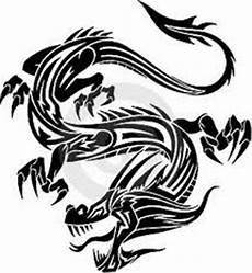 Motif Tato Naga Hitam Putih