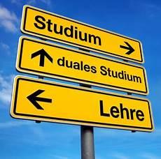 duales studium hamburg berufsausbildung in deutschland krise oder verkannte